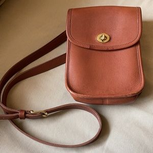 Vintage Coach Scooter Crossbody in British Tan